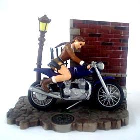 Tomb Raider c/ moto