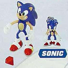 Sonic + chaveiro (aberto)