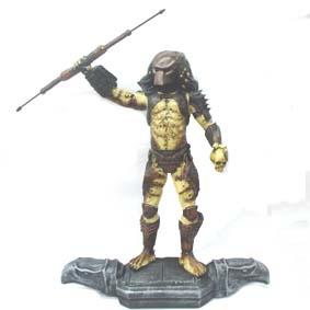 Predator com lança