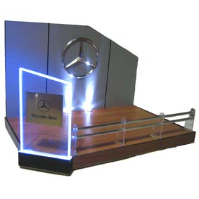 Display Luminoso Mercedes-Benz (c/ fonte)