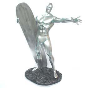 Surfista Prateado