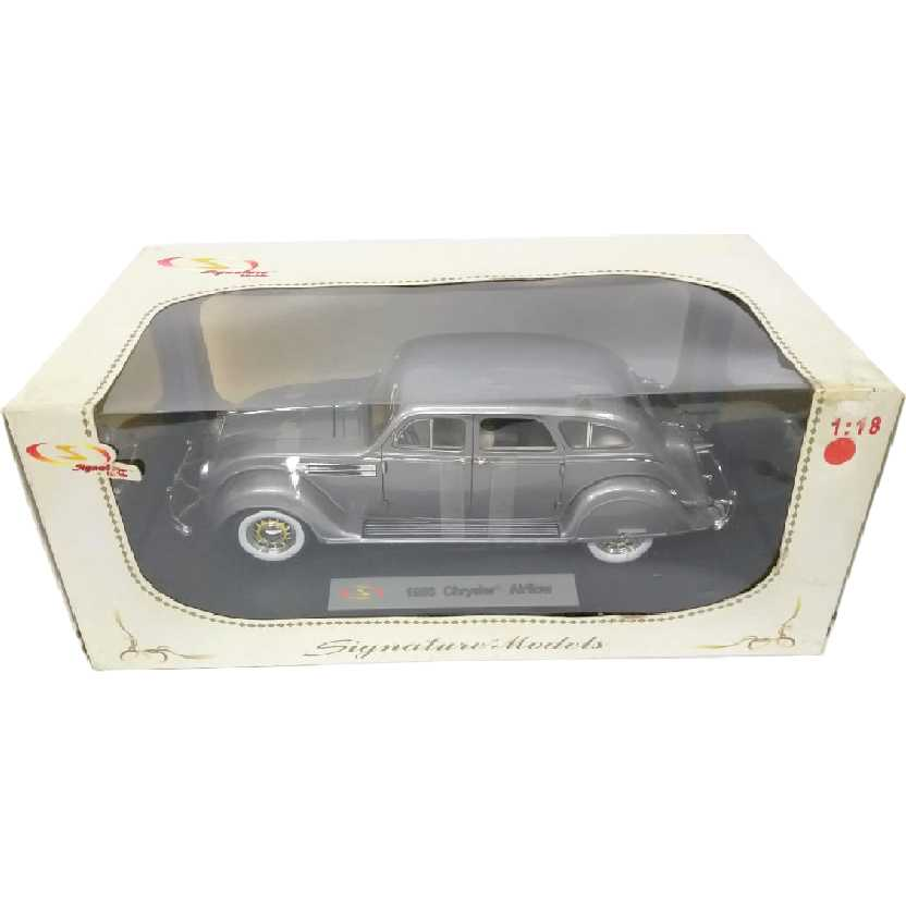 1936 Chrysler Airflow Abre 4 Portas marca Signature Escala 1/18