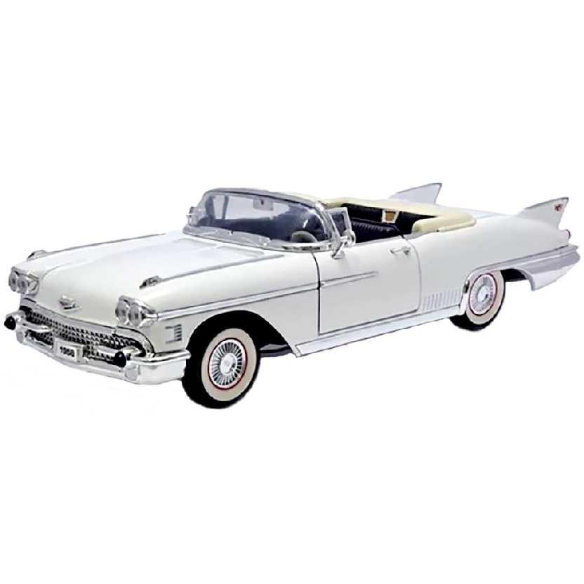 1958 Cadillac Eldorado Biarritz Convertible (conversível) branco Yatming escala 1/18