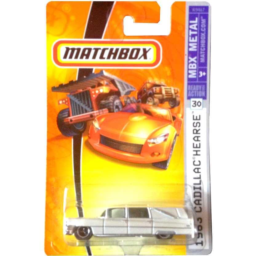 2007 Matchbox 1963 Cadillac Hearse branco pérola K9467 series 30 escala 1/64
