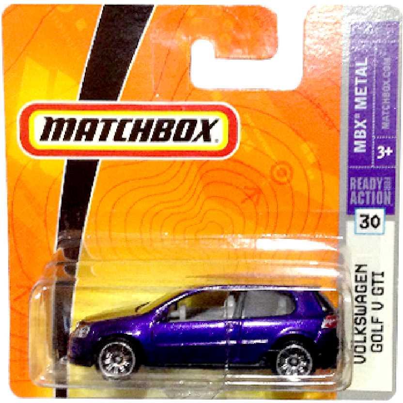 2008 Matchbox Volkswagen VW Golf GTI geração V #30 P6383 escala 1/64