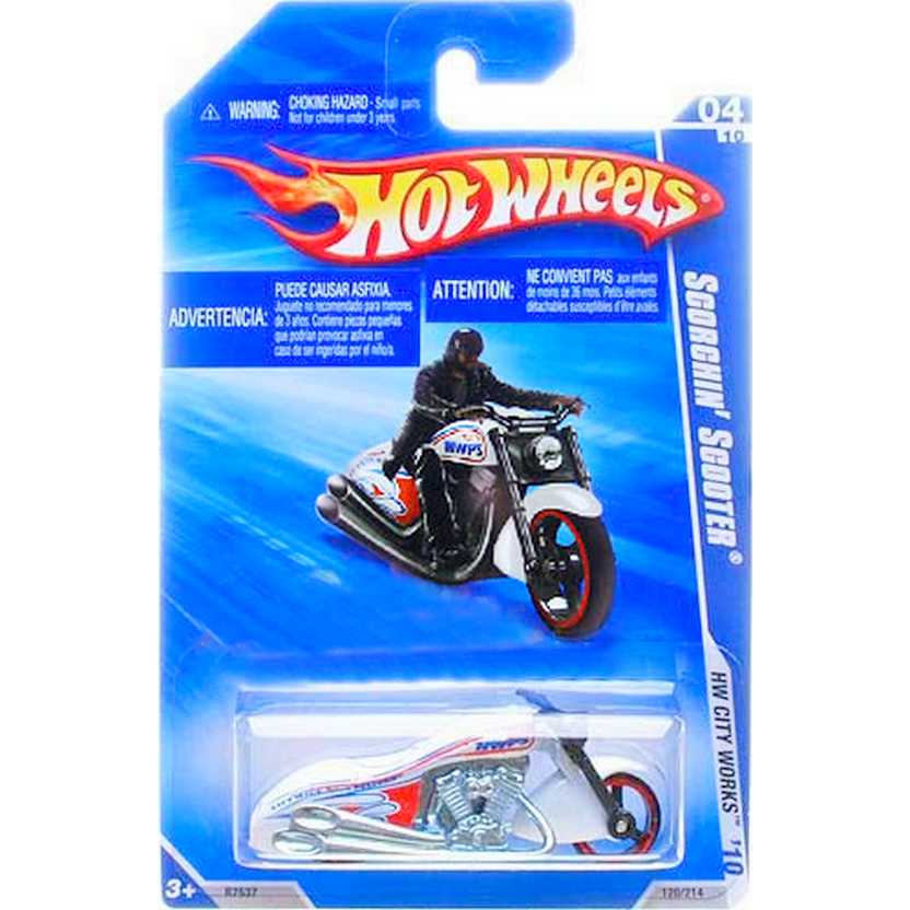 2010 Hot Wheels Scorchin Scooter branca R7537 series 120/214 escala 1/64
