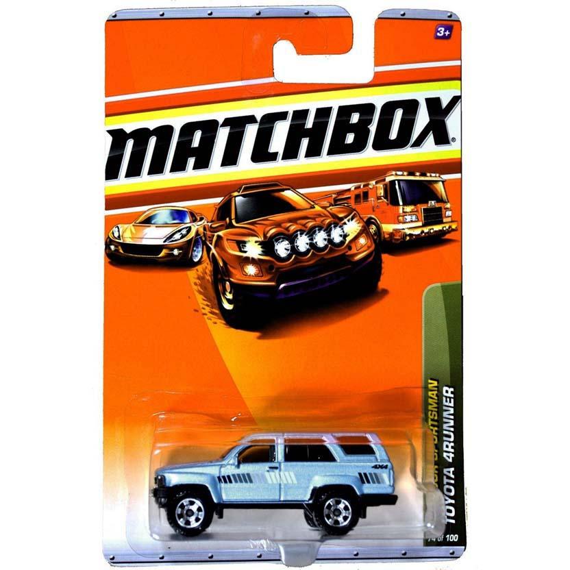 2010 Matchbox 1985 Toyota 4Runner R0470 série 74/100 similar Toyota Hilux