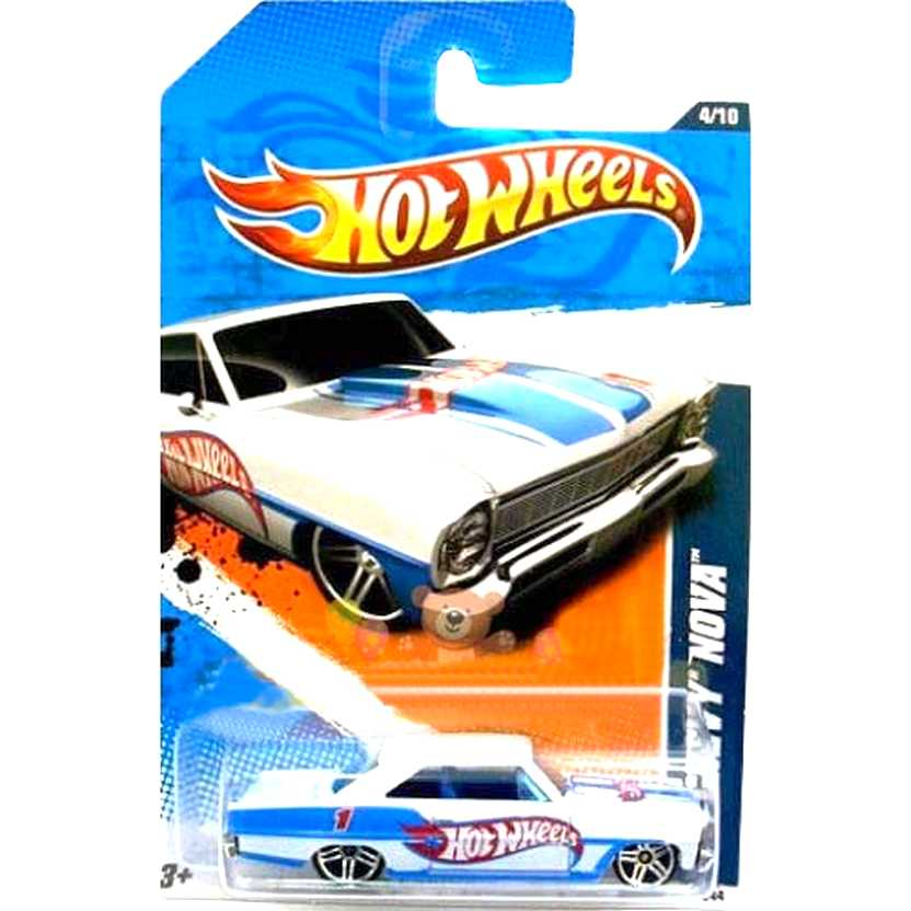 2011 Hot Wheels 66 Chevy Nova branco pérola T9942 series 154/244 escala 1/64