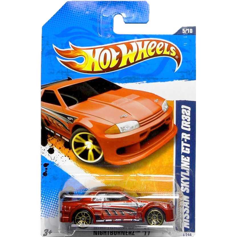2011 Hot Wheels Nissan Skyline GT-R (R32) vermelho T9822 series 5/10 115/244 escala 1/64