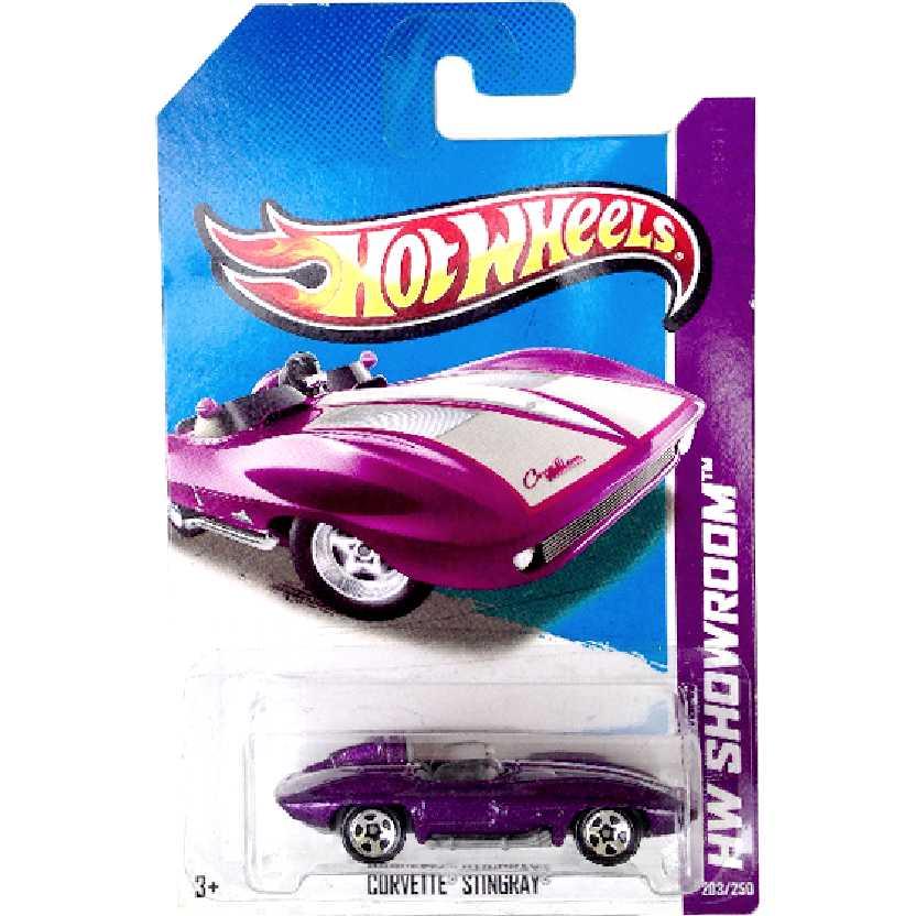 2013 Hot Wheels Corvette Stingray series 203/250 X1972 escala 1/64