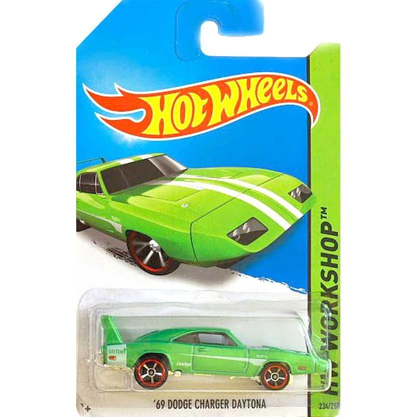 2014 Hot Wheels 69 Dodge Daytona verde metálico BFG63 series 234/250 escala 1/64