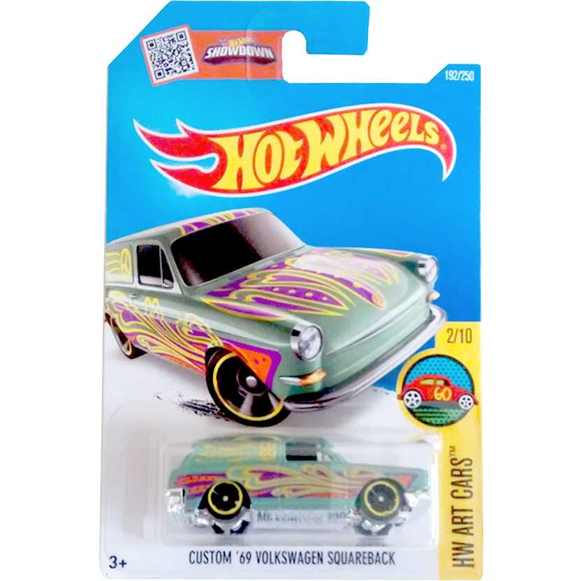 2016 Hot Wheels Custom 69 Volkswagen Squareback Variant Hippie DHR85 192/250 escala 1/64
