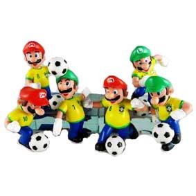 3 Bonecos do Luigi + 3 Bonecos do Super Mario Bros ( Seleção de Futebol do Brasil )