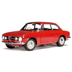 Alfa Romeo 1750 GTV (1967) Auto Art escala 1/18