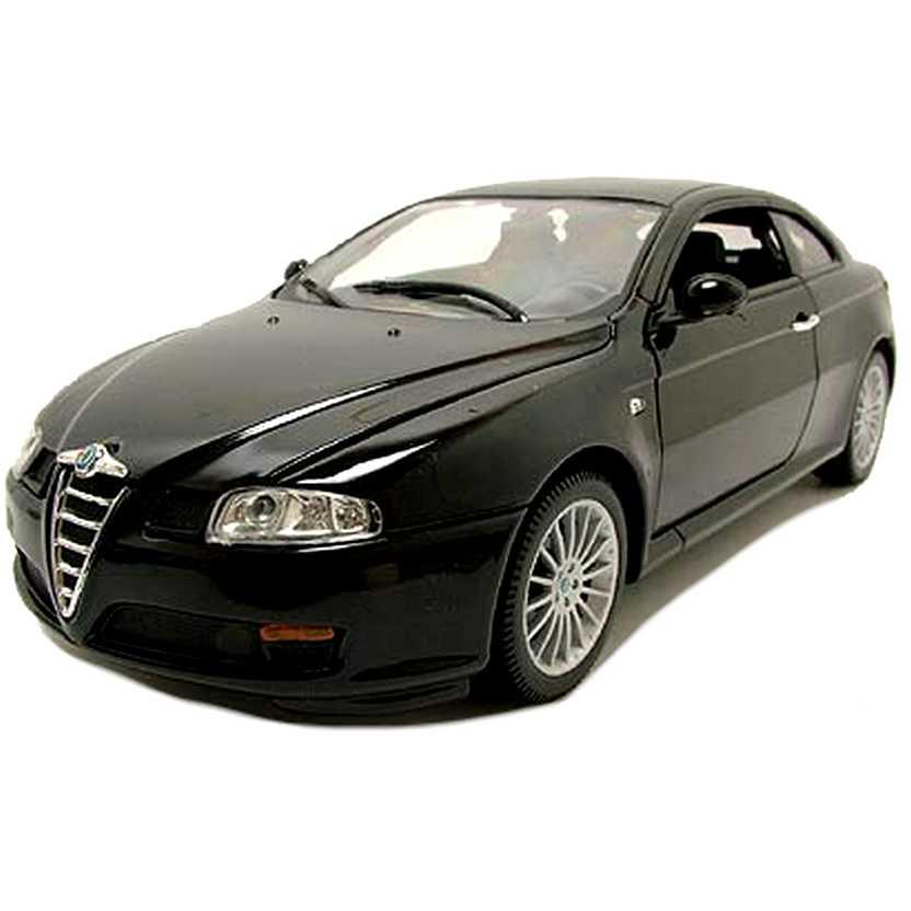 Alfa Romeo GT cor preta marca Welly Alfa GT Hard Top escala 1/18