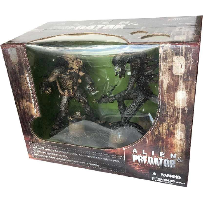 Alien vs. Predator (Alien VS. Predador) Movie Maniacs 5 McFarlane Toys