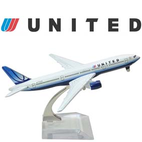 Avião Comercial em metal Boeing 777 United Air Brazil