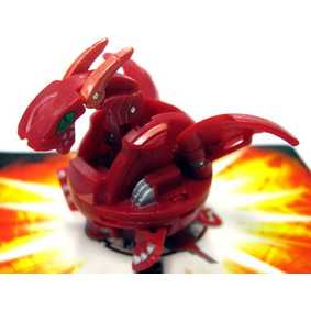 Bakugan B2 New Vestroia Hyper Dragonoid vermelho (aberto)