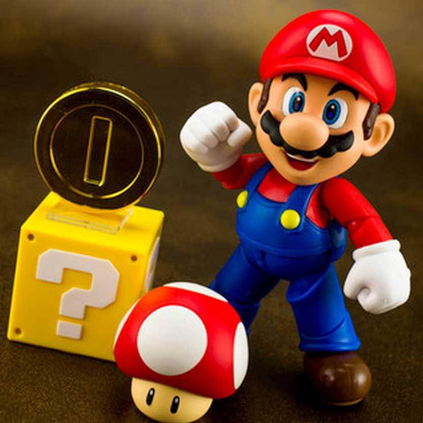 Bandai S.H.Figuarts Super Mario Bros.