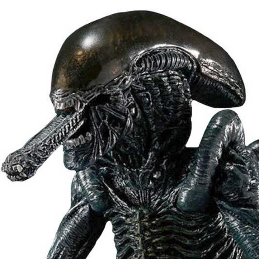 Bandai S.H.MonstertArts Alien vs Predator - Alien Warrior Figure