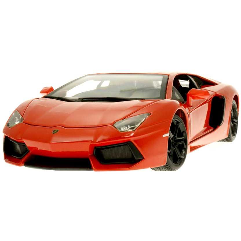 Bburago escala 1/18 : Lamborghini Aventador LP 700-4 (2012)