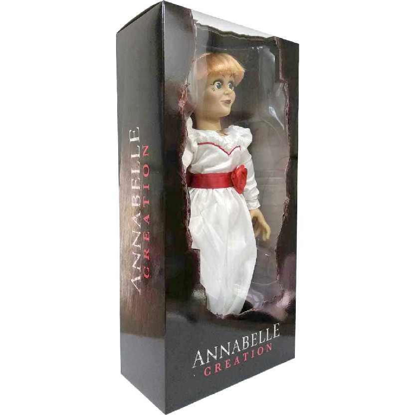 Boneca Annabelle tamanho real Scaled Prop Replica Doll Mezco Toyz escala 1/1