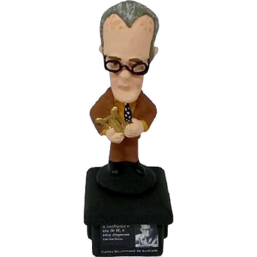 Boneco do Carlos Drummond de Andrade