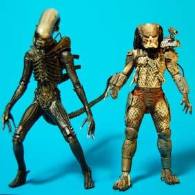 Bonecos Alien vs Predador :: Alien Classic e Predator 2 (abertos)