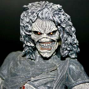 Bonecos do Iron Maiden Mcfarlane Toys Brasil (aberto) Eddie Killers