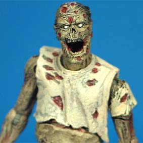 Bonecos Mcfarlane Toys The Walking Dead Comic series 1 / Zombie Lurker (aberto)