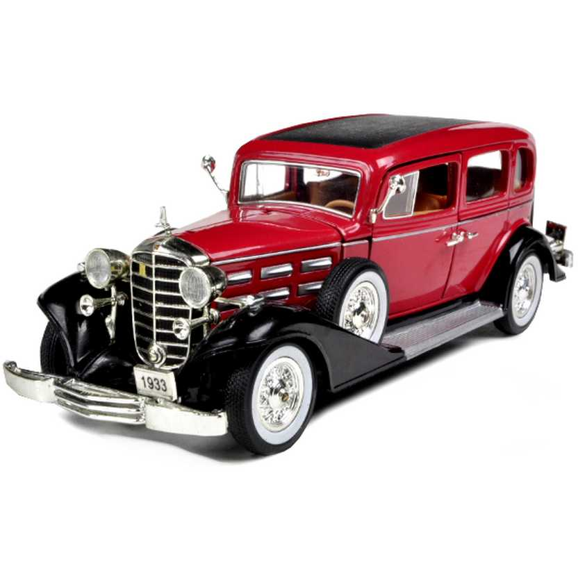 Cadillac Fleetwood Phaeton (1933) miniatura marca Signature Models escala 1/32