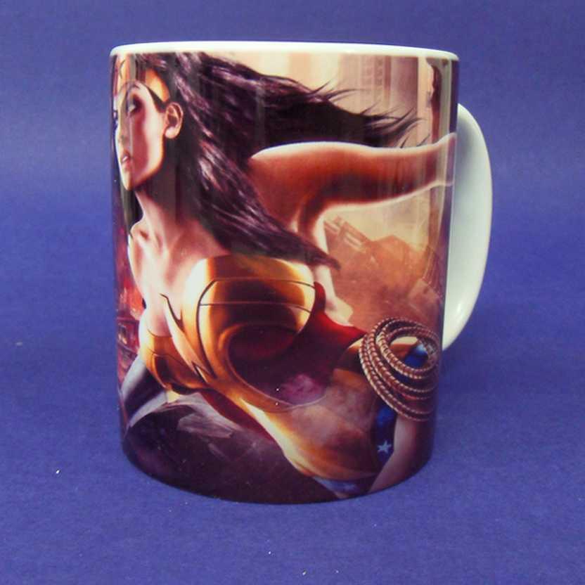 Caneca da Mulher Maravilha - Wonder Woman ( pode ir ao microondas )