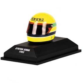 Capacete Ayrton Senna ARAI (1982) Minichamps escala 1/8