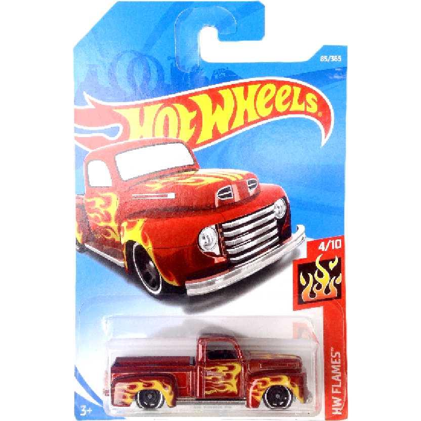Carrinho 2018 Hot Wheels 49 Ford F1 85/365 4/10 FJW63 escala 1/64