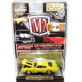 Carrinho de Ferro Miniatura M2 Machines Oldsmobile Cutlass 442 (1970) R4 31600