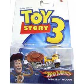 Carrinho Hot Wheels 1/64 Wheelin Woody P4831/0910 ( Miniatura do filme Toy Story 3 )