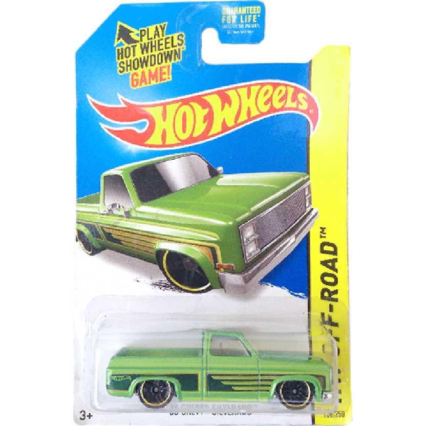 Carrinho raro 2014 Hot Wheels 83 Chevy Silverado series 136/250 BFV65 escala 1/64