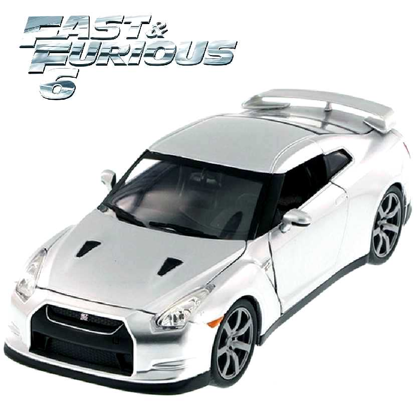 Carro do Brian: Fast and Furious 6 Nissan GT-R R35 prata Velozes e Furiosos Jada escala 1/24