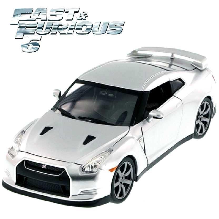 Carro do Brian Fast and Furious Nissan GT-R R35 prata Velozes e Furiosos Jada escala 1/24