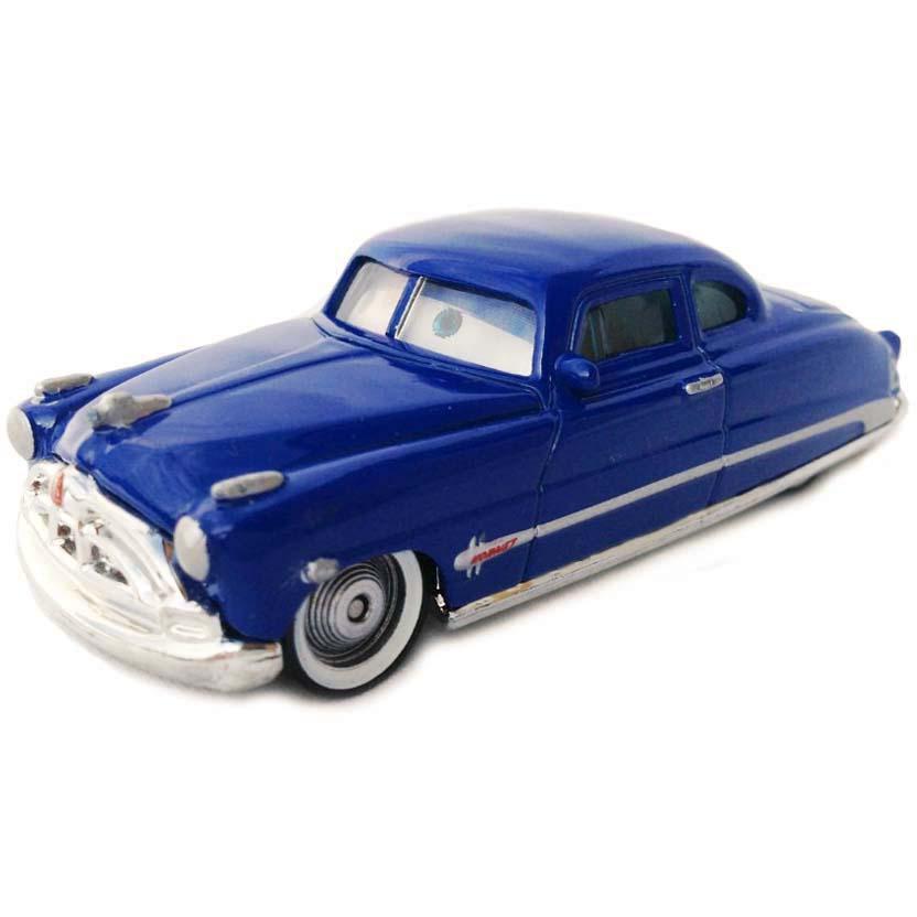 Carros Disney Pixar ( Cars ) Doc Hudson número 11 com movimento nos olhos