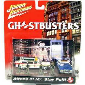 Cenário Ghostbusters Caça Fantasma Diorama Ecto 1 com 4 bonecos do filme