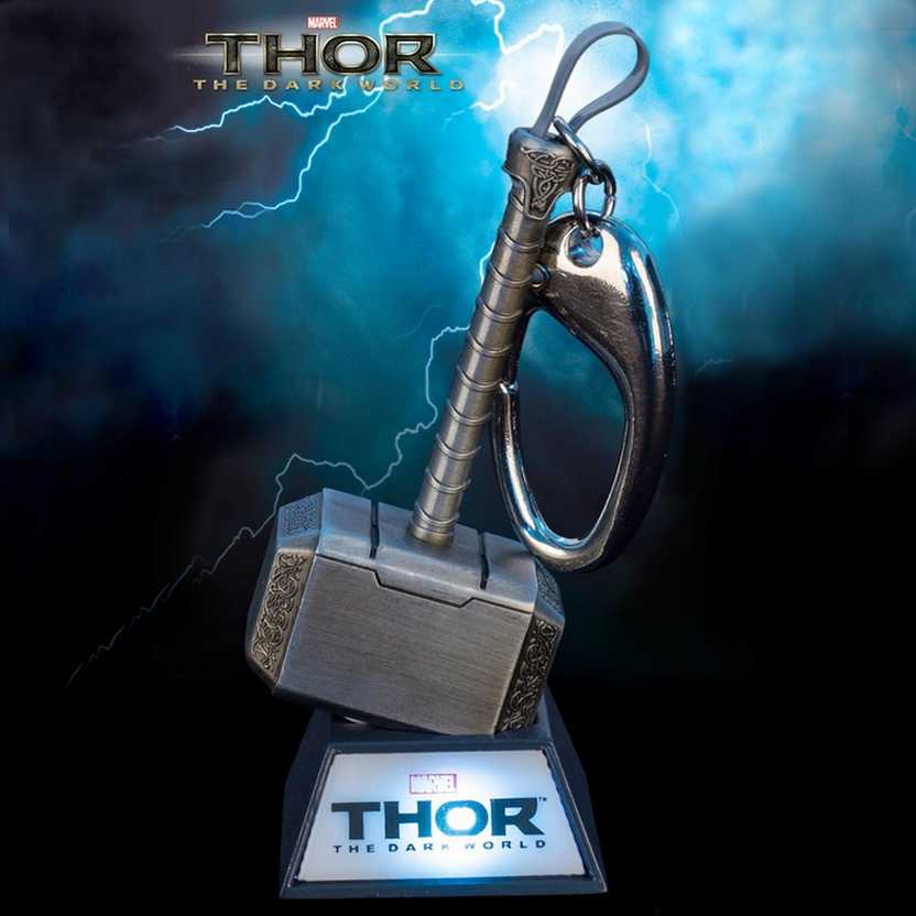 Chaveiro Marvel Martelo do Thor com base luminosa