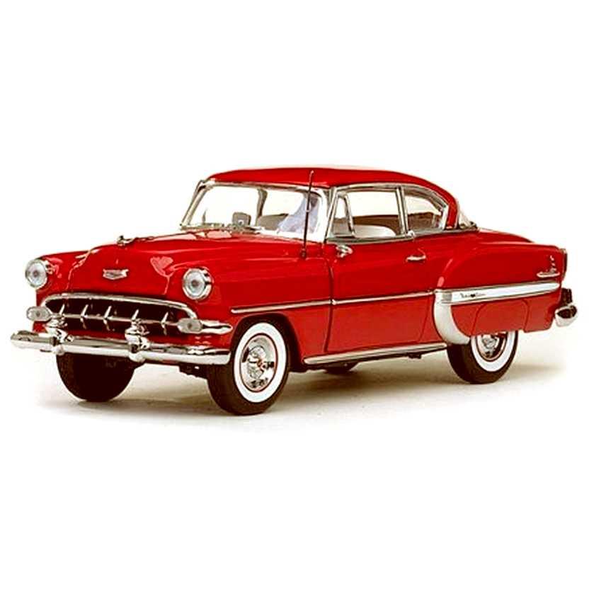 Chevrolet Bel Air hardtop vermelho (1954) Miniatura Sunstar escala 1/18