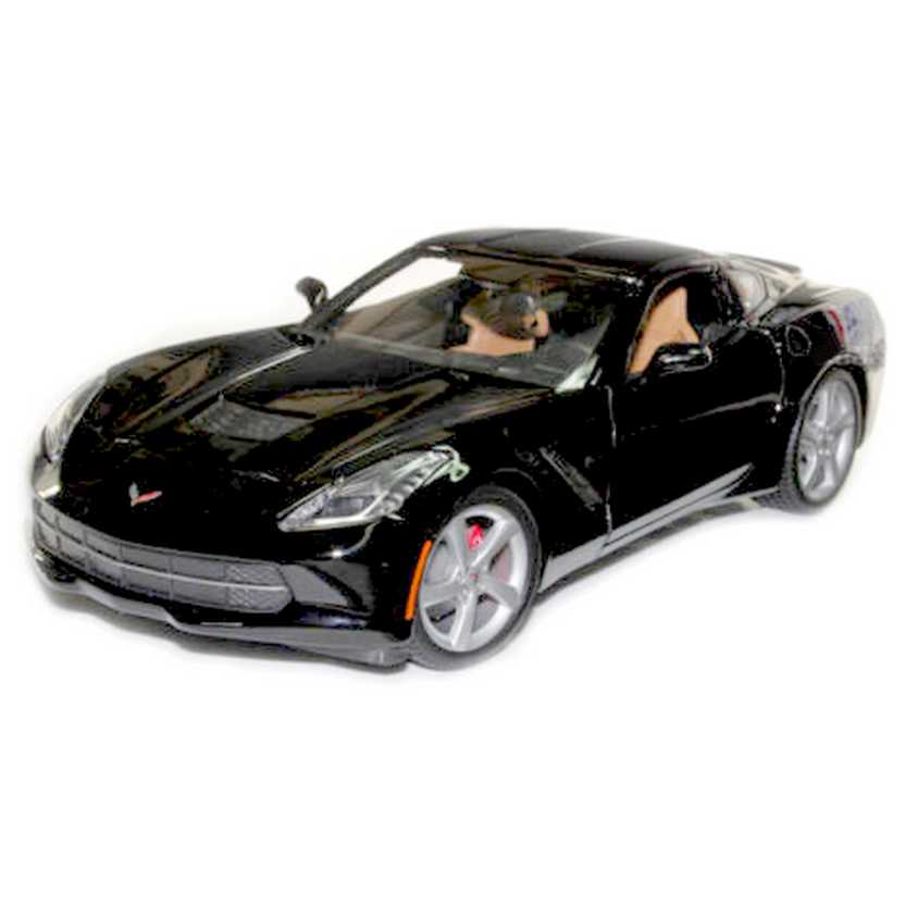 Chevrolet Corvette C7 Stingray (2014) Maisto escala 1/18