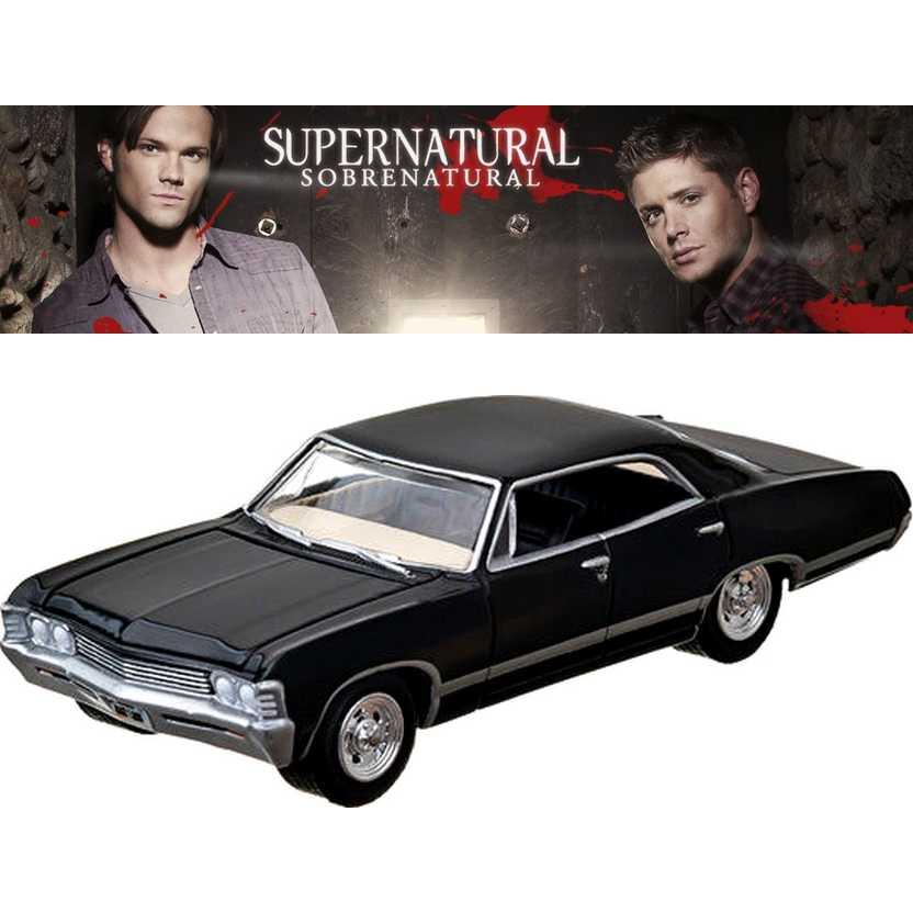 Chevrolet Impala SS 4 portas (1967) Supernatural / Sobrenatural escala 1/64