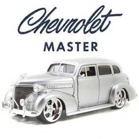 Chevrolet Master Deluxe cor prata (1939) Miniaturas Jada escala 1/24