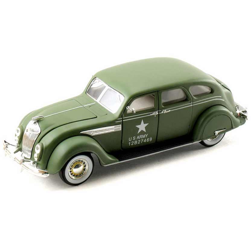 Chrysler Airflow (1936) miniaturas marca Signature Models escala 1/32