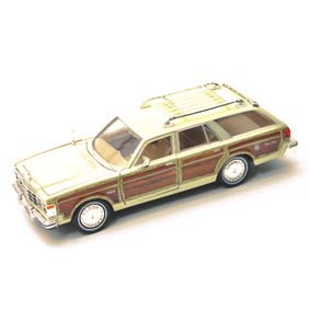 Chrysler Lebaron Town & Country Wagon (1979) da Motormax escala 1/24