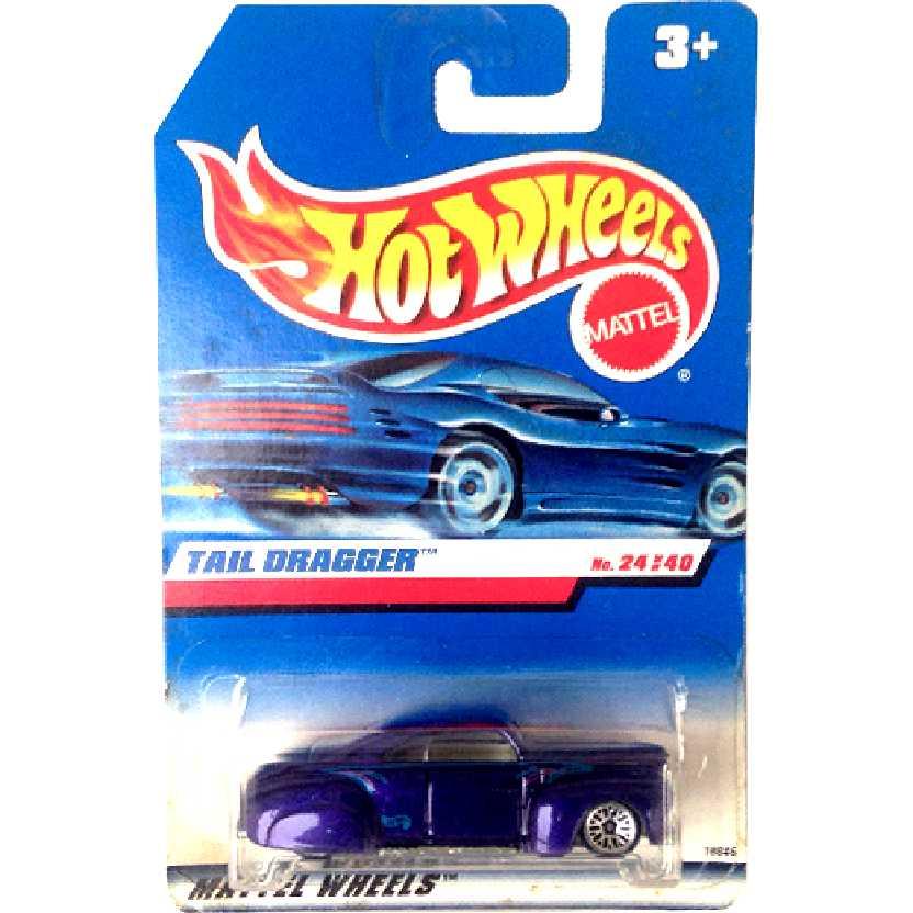 Coleção 1998 Hot Wheels Tail Dragger series 24/40 18846 escala 1/64 roxo metálico