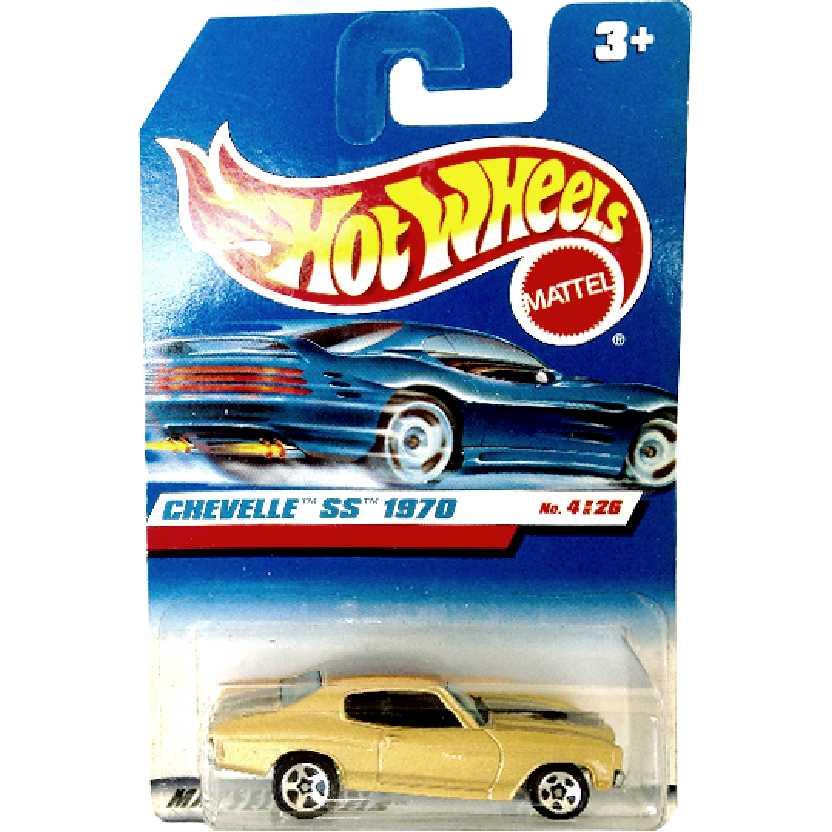 Coleção 1999 Hot Wheels Chevelle SS 1970 4/26 21062 escala 1/64 com chassi de metal